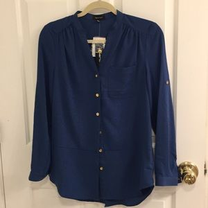 Spence Blue collarless button down blouse S